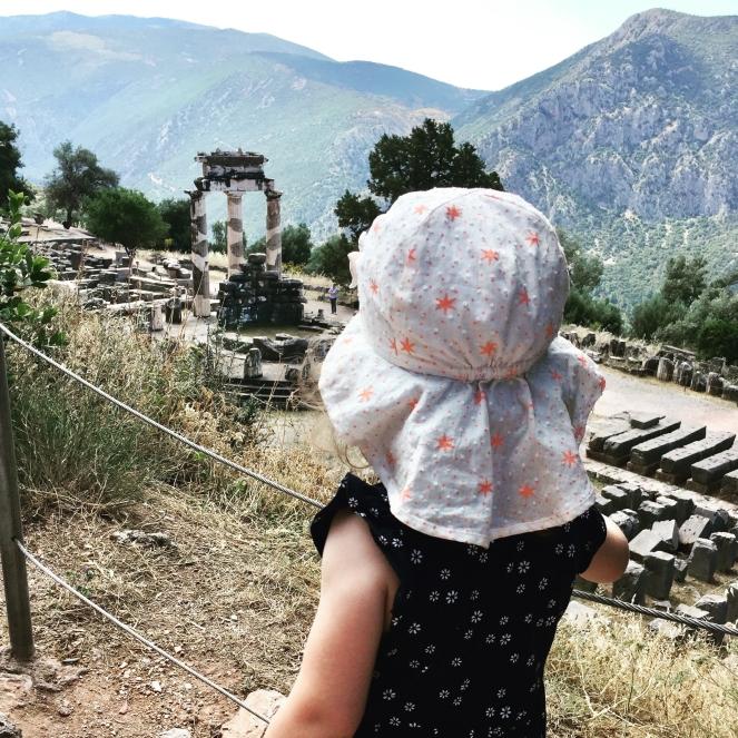 Delphi-Reisen-mit-Kindern-Griechenland